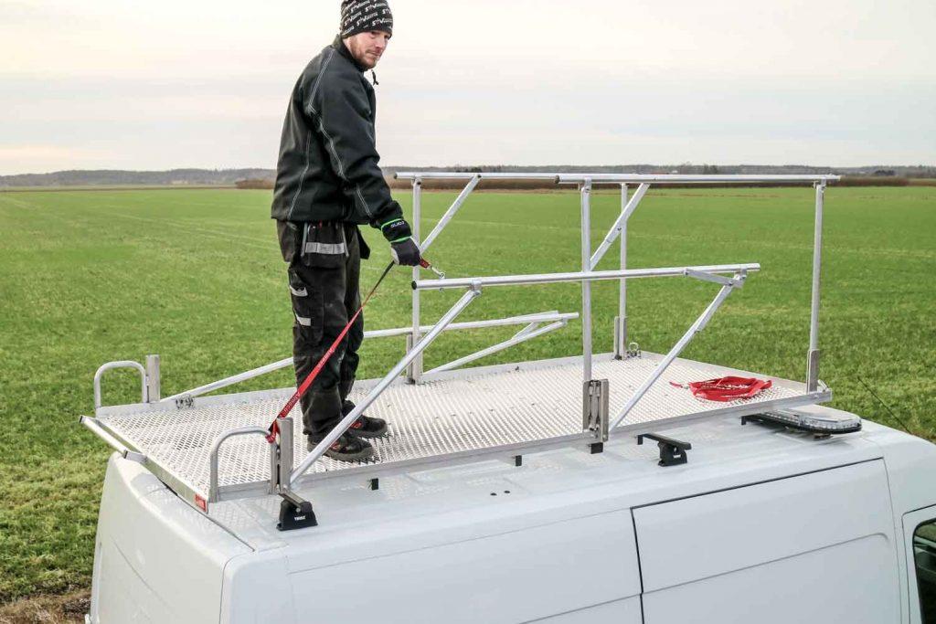 Takplattform för arbete och transport skåpbil 13