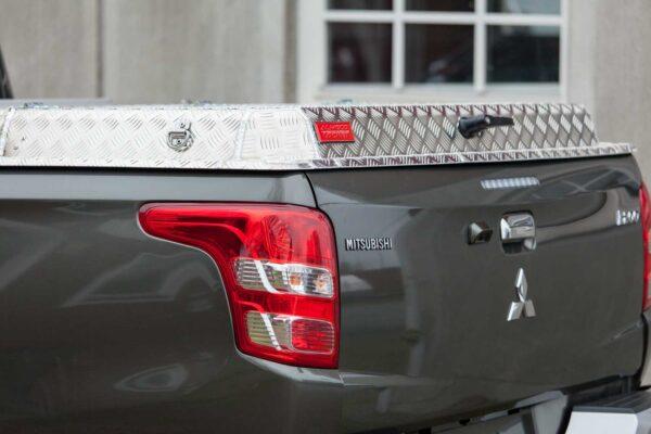 Almecolock flaklock pickup Mitsubishi L200 Club Cab 2015- 7