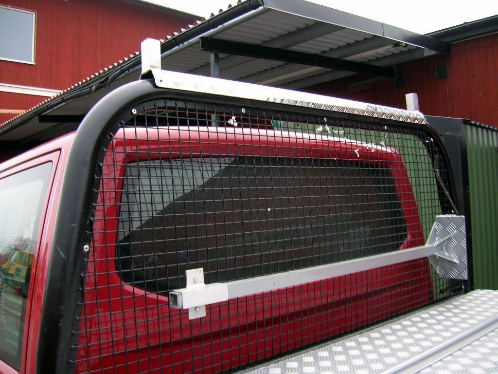 Långgodsstativ på en VW Transporter. Frontklykan.