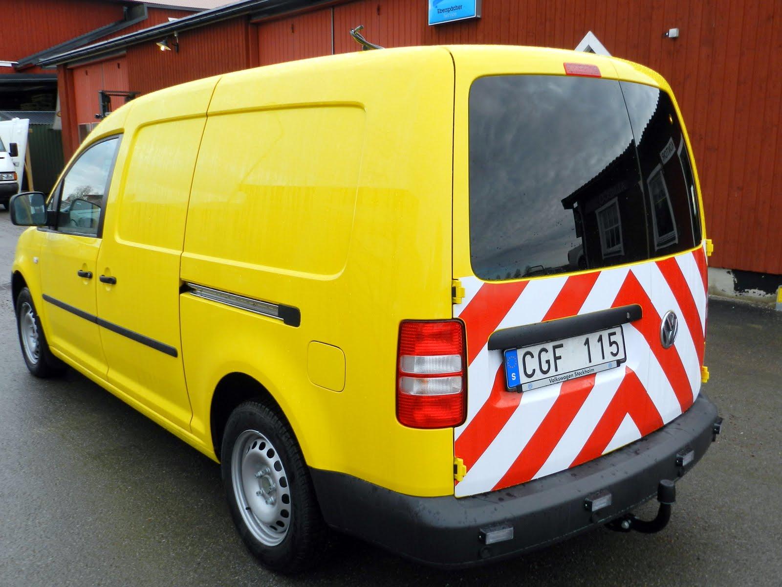 VTL-bil Caddy Maxi till Stockholms vägtransport.
